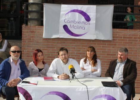 El cabeza de lista Fernando Miñana en la rueda de prensa para presentar a los medios los resultados de las primarias abiertas.