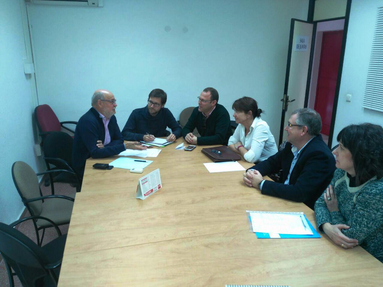 Reunión con Iberdrola para tratar moción contra la Pobreza Energética.